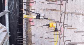 Verankeren en trekproeven betonmuur 04